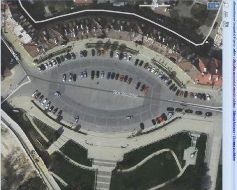 Plac Zamkowy widziany z lotu ptaka. Źródło: http://geoportal2.lublin.eu