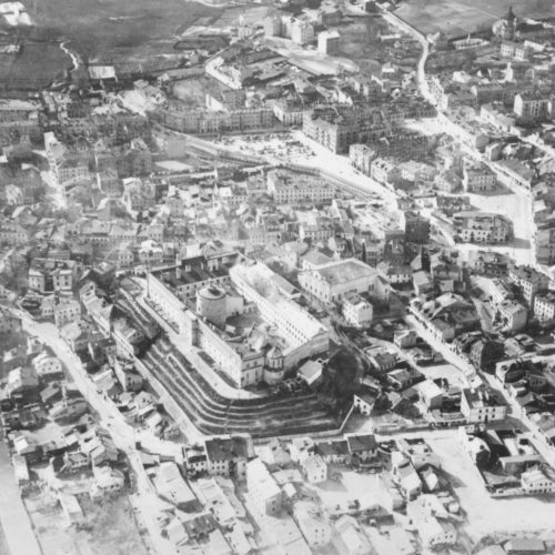Lublin około 1935 roku. Fotografia lotnicza nieznanego autorstwa. Źródło: Instytut Sztuki PAN