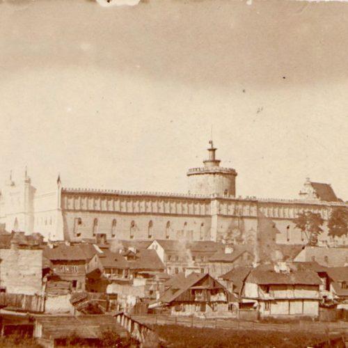 Widok na Zamek z ulicy Podwale. Fot. Stanisław Magierski