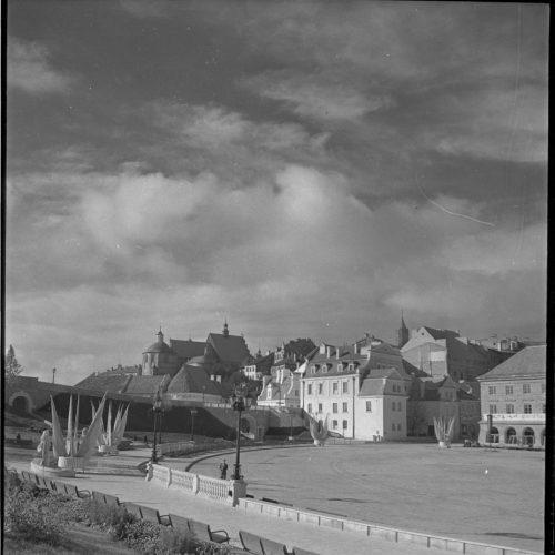 Plac Zebrań Ludowych w dniu 21 lipca 1954 roku. Fot. Edward Hartwig