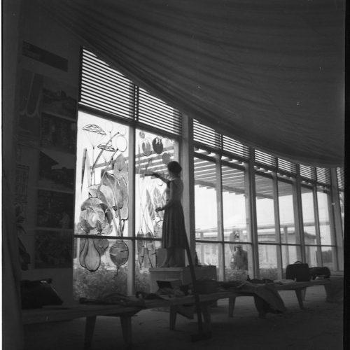 Przygotowania pawilonów wystawowych Centralnej Wystawy Rolniczej, 1954 rok. Fot. Edward Hartwig