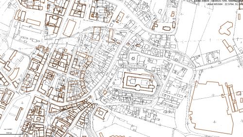 Skala zniszczeń wojennych w rejonie Zamku, kolorem brązowym zaznaczone są istniejące dzisiaj budynki naniesione na mapę z 1928 roku, geoportal2.lublin.eu