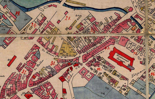 Fragment planu Lublina z ok. 1876 roku, w środku żółtego pięcioboku w centrum zaznaczono dom nr 391, czyli dom Finkielsztajna, materiał pochodzi z Lubelskiego Archiwum Cyfrowego (lac.lublin.pl)